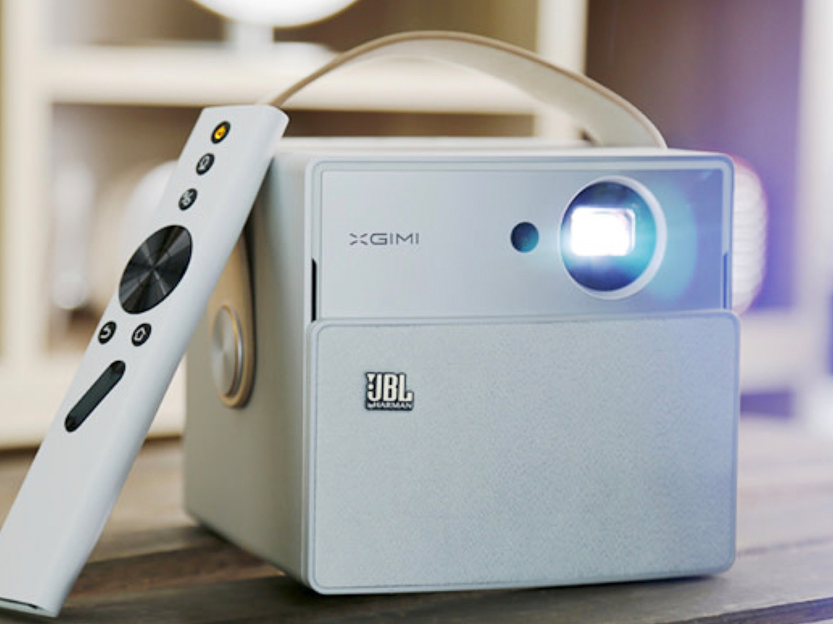 Camping Cinema: XGIMI CC Aurora Projector Overview